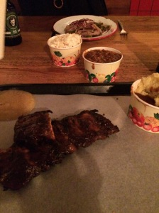 No mess plastic tray ribs - dig in!!